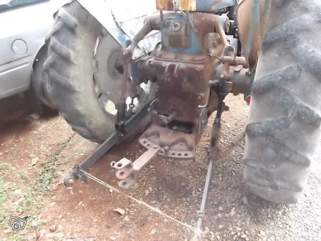 Tracteurs agricoles et véhicules de chantier 73322912