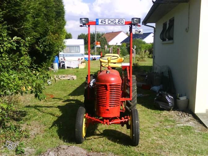 Tracteurs agricoles et véhicules de chantier 75420113