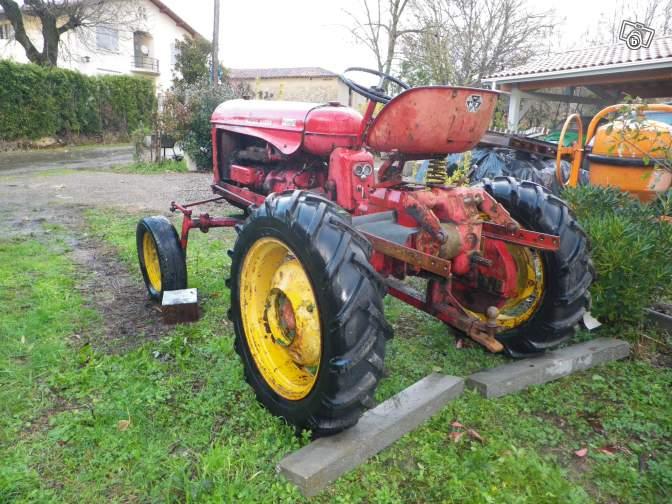 Tracteurs agricoles et véhicules de chantier 79020512
