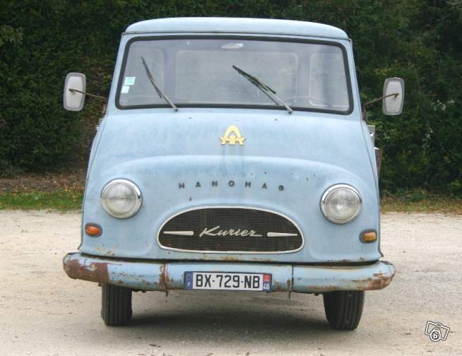 Camionettes et petits utilitaires - Mini truck and Delivery 79820512