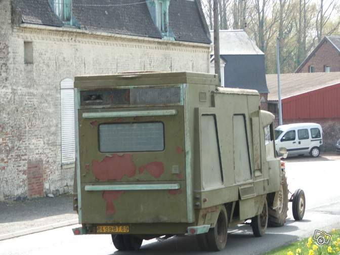 Camions vintages 83622810