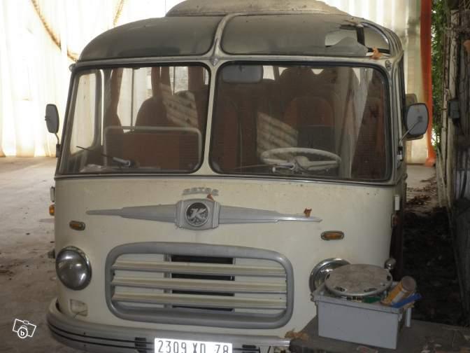 Autobus retro 98270810