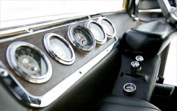 Deora - Dodge custom - Alexander Brothers C12_0516