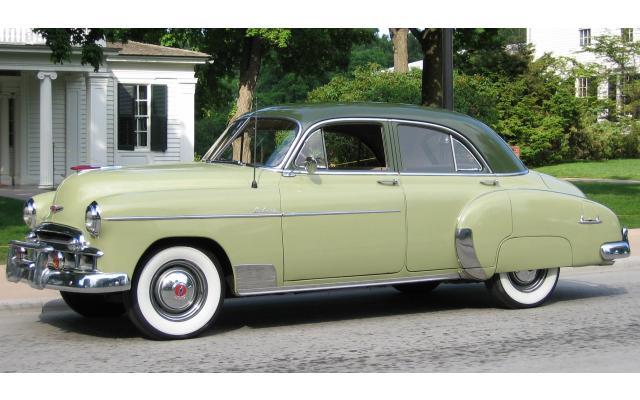Les Chevrolet de 1949 à 1959 stock Ch895510