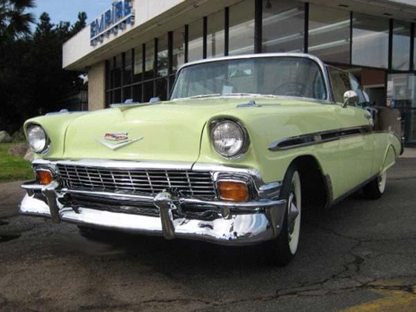 Les Chevrolet de 1949 à 1959 stock Chevro15