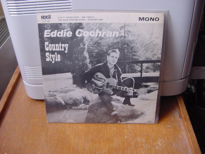 45 tours d'Eddie Cochran Dsc08953