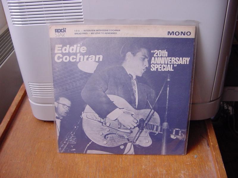 45 tours d'Eddie Cochran Dsc08956