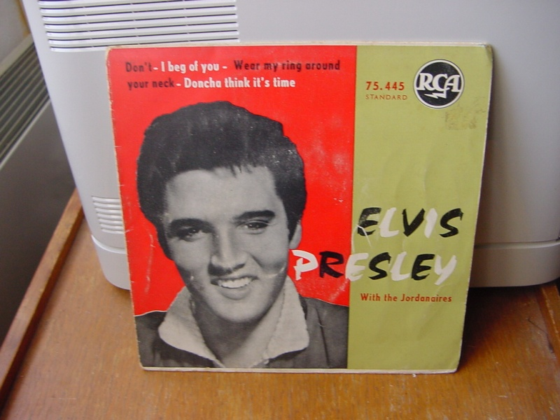 45 tours d'Elvis Presley Dsc09053