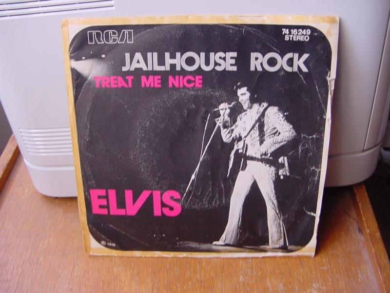 45 tours d'Elvis Presley Dsc09061