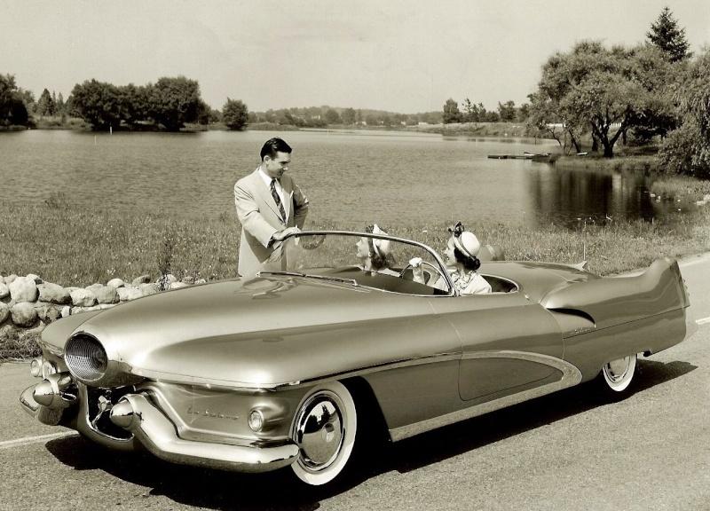 Buick Lesabre - Concept car 1951 Eb654810