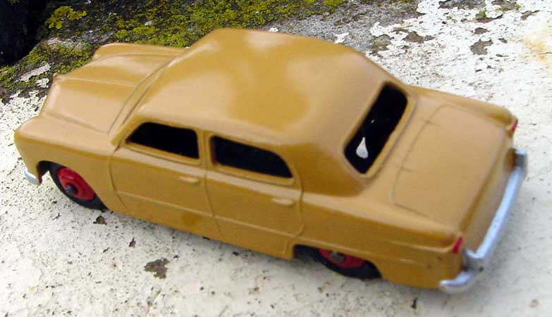 Dinky Toys Ford1911
