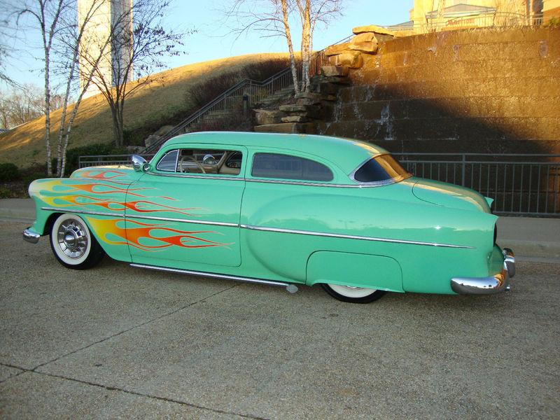Chevy 1953 - 1954 custom & mild custom galerie Kgrhqf45