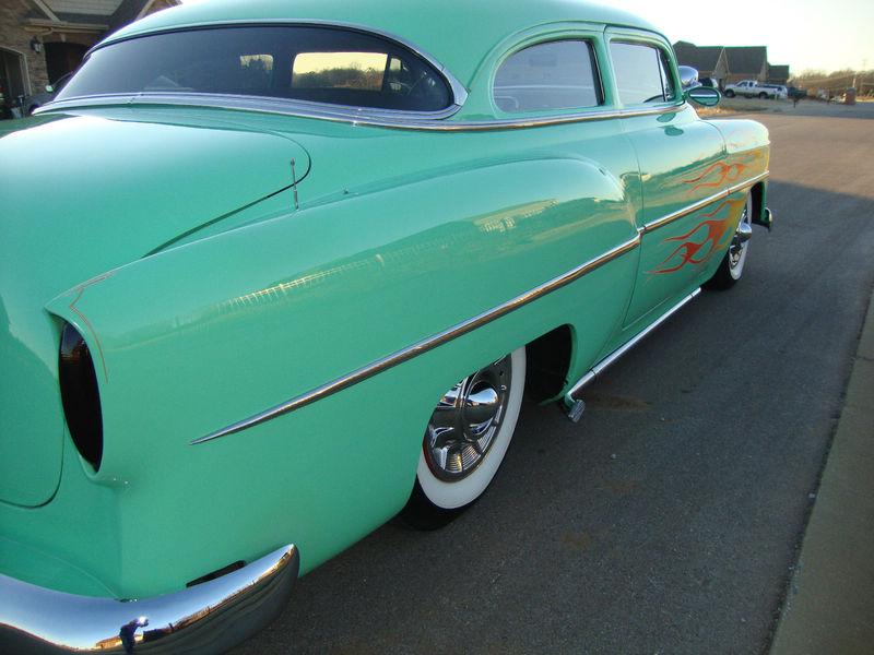 Chevy 1953 - 1954 custom & mild custom galerie Kgrhqz40