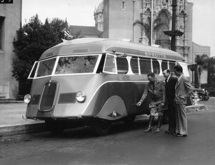 Autobus retro La20s610