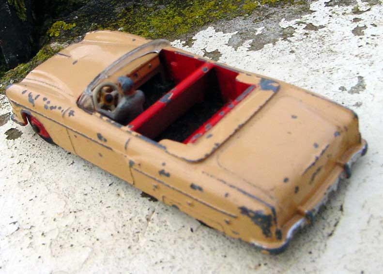 Dinky Toys Packar11