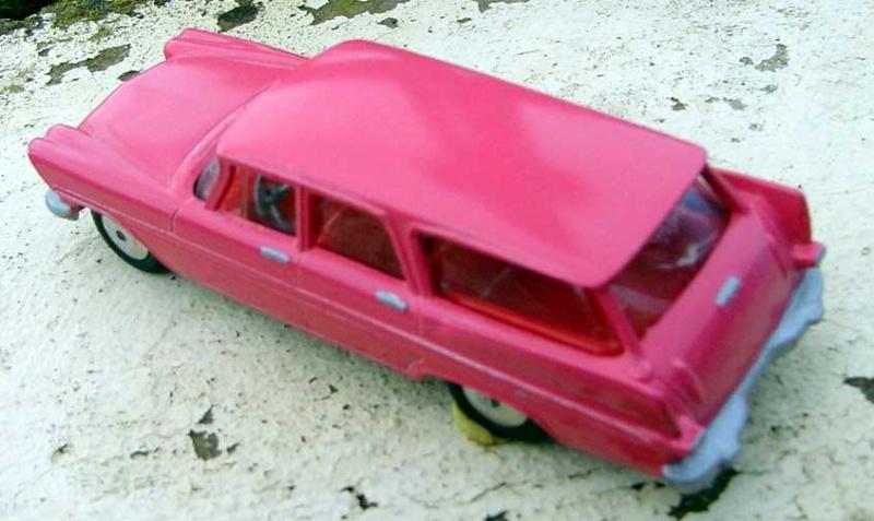 Dinky Toys Plymou15