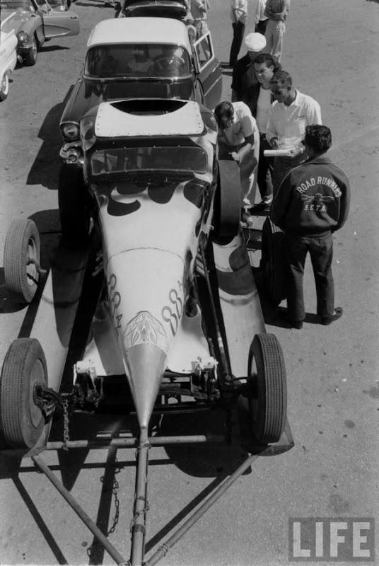 Santa Ana drag race - late '50s  Santaa11