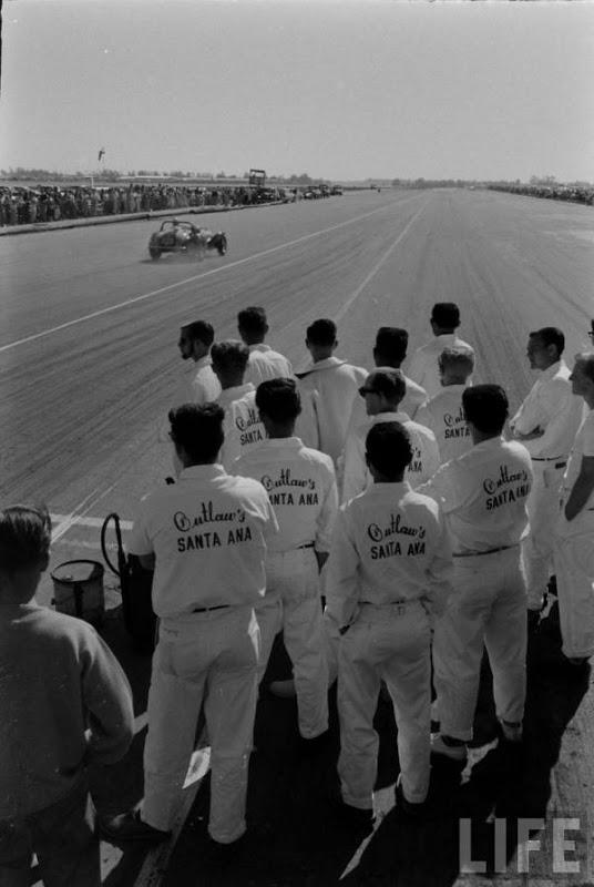 Santa Ana drag race - late '50s  Santaa29