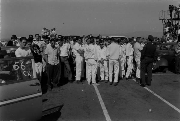 Santa Ana drag race - late '50s  Santaa30