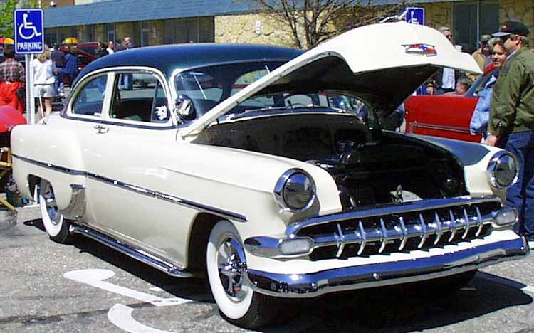 Chevy 1953 - 1954 custom & mild custom galerie Twin1210