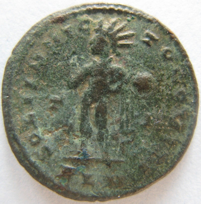"Nummus de Constantin ""SOL IINVICTO COMITI""  Romain18"