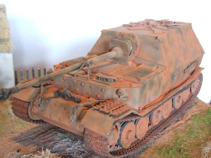 Sd.Kfz. 184 Jagdpanzer Ferdinand [base ITALERI 211 1/35°] + scratch. Dscf6487
