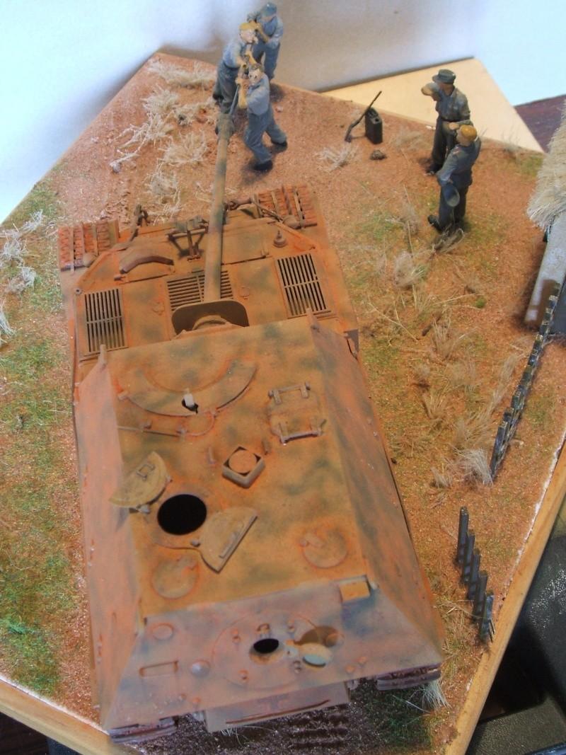 Sd.Kfz. 184 Jagdpanzer Ferdinand [base ITALERI 211 1/35°] + scratch. Dscf6491
