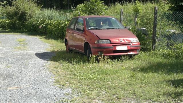 Auto Abbandonate - Pagina 5 2012-032