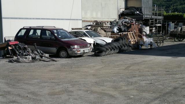Auto Abbandonate - Pagina 5 2012-033