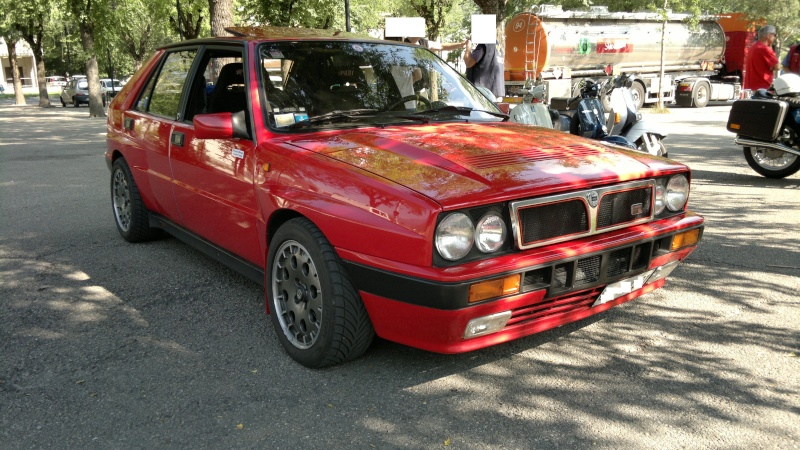 avvistamenti auto storiche - Pagina 39 2012-083