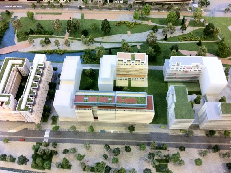 Angle de l'immeuble coté cour Img_0410