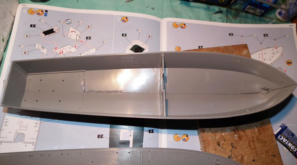 (revell) patrol torpedo boat PT 579/588--terminé Dscf3613