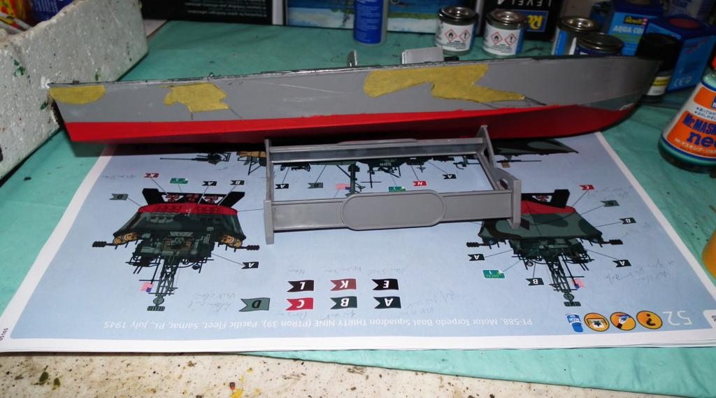 (revell) patrol torpedo boat PT 579/588--terminé Dscf3618