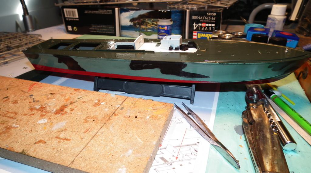 (revell) patrol torpedo boat PT 579/588--terminé Dscf3619