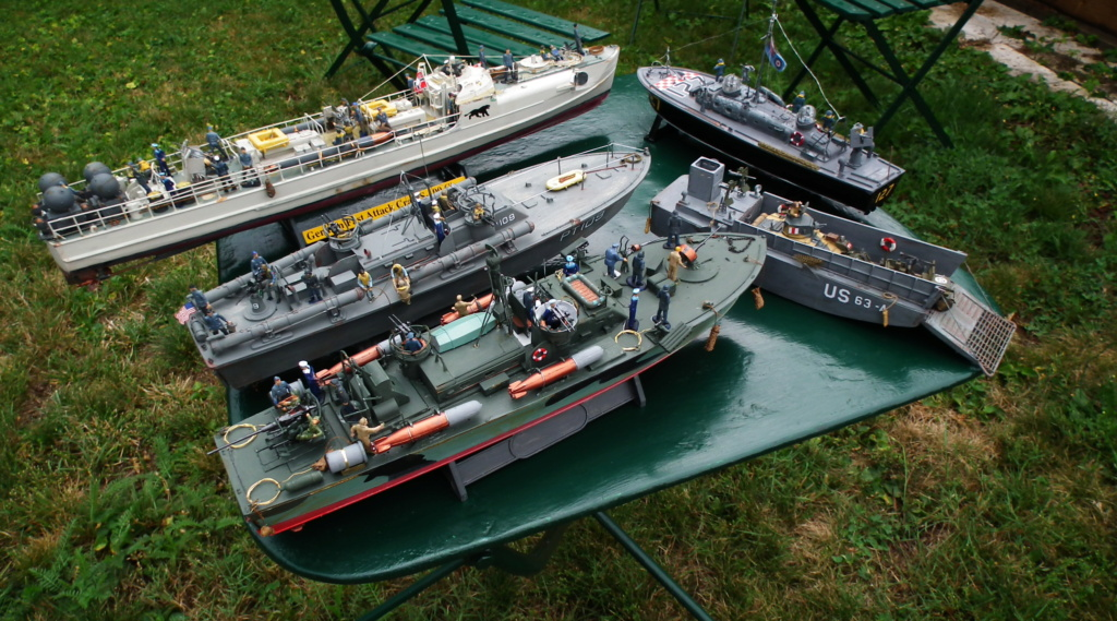 (revell) patrol torpedo boat PT 579/588--terminé Dscf3638