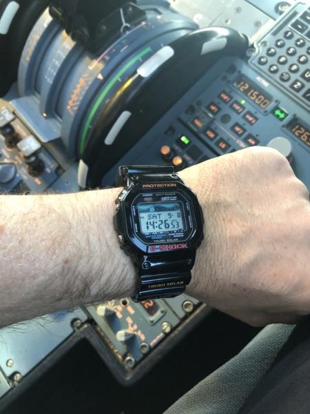 FEU de vos montres sur votre lieu de travail ! - tome 2 - Page 21 D4554510