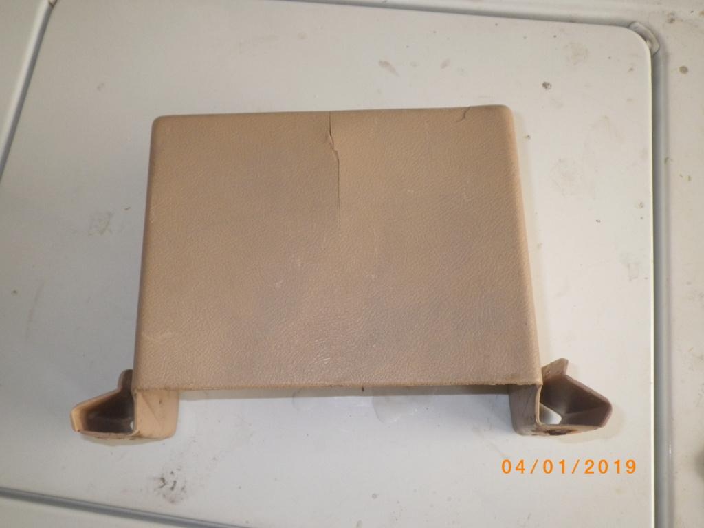 bench seat with arm rest plastics Imgp5017