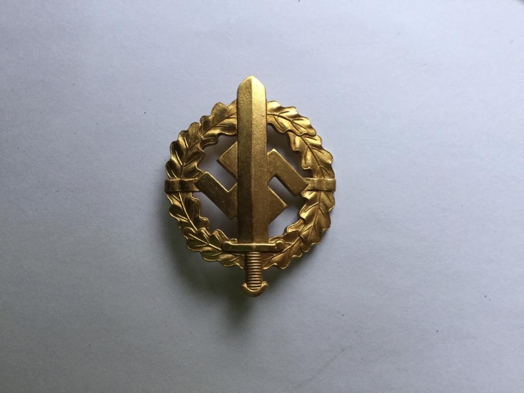 Badge sport SA or Dd828210