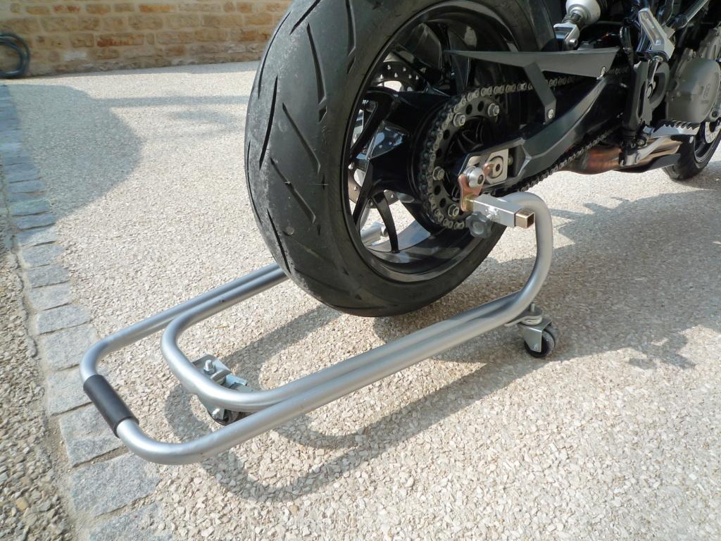 Avis accessoire : petit Range-moto Rothewald P1020311