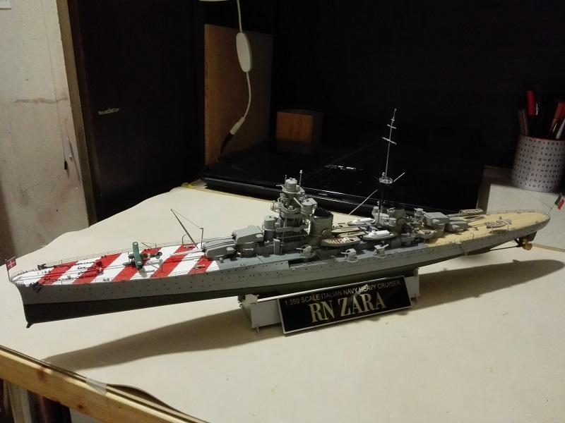 RN Zara Italian Heavy Cruiser 1/350  Img_2027