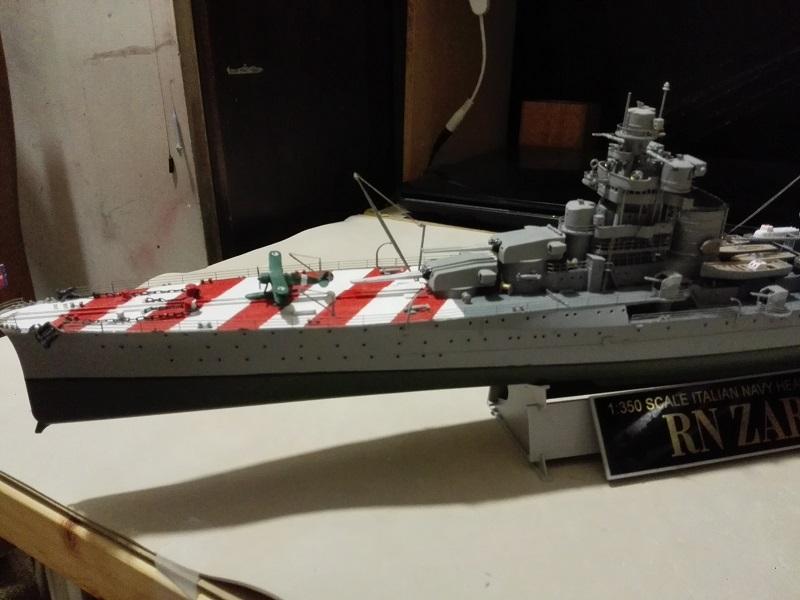 RN Zara Italian Heavy Cruiser 1/350  Img_2028
