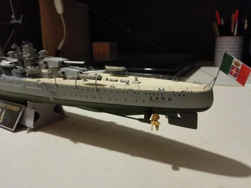 RN Zara Italian Heavy Cruiser 1/350  Img_2030