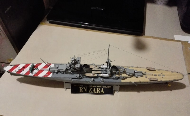 RN Zara Italian Heavy Cruiser 1/350  Img_2031