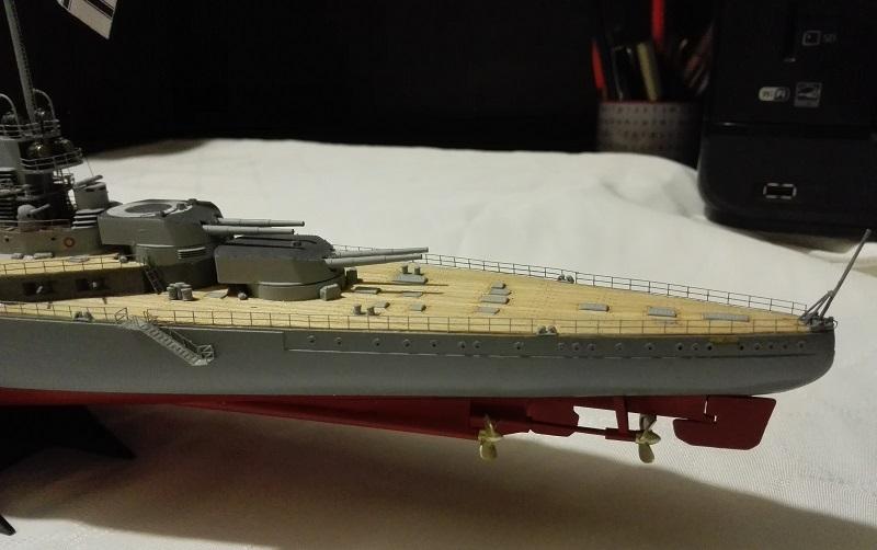 Battlecruiser SMS Seydlitz 1/350 Img_2064
