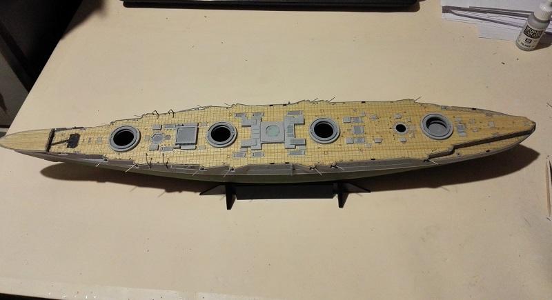 Marat Battleship Russian de Zvezda a 1/350 Img_2112