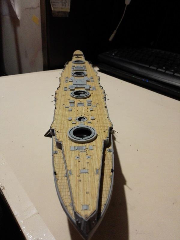Marat Battleship Russian de Zvezda a 1/350 Img_2113
