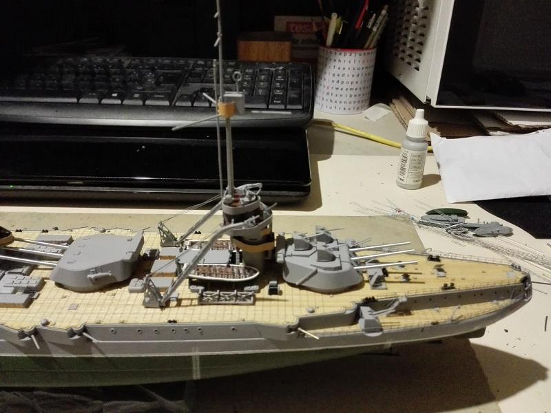 Marat Battleship Russian de Zvezda a 1/350 Img_2117