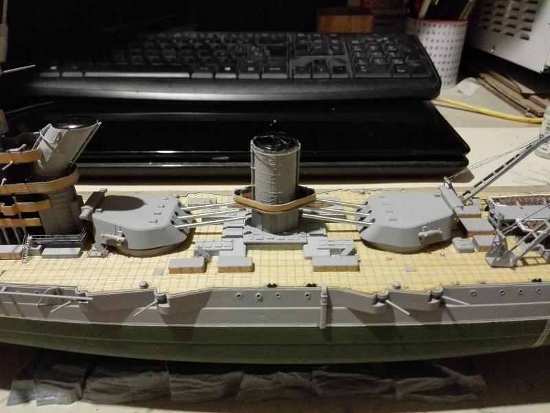 Marat Battleship Russian de Zvezda a 1/350 Img_2118