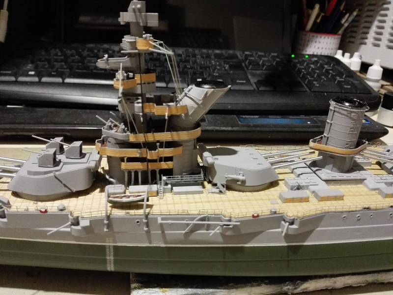 Marat Battleship Russian de Zvezda a 1/350 Img_2122