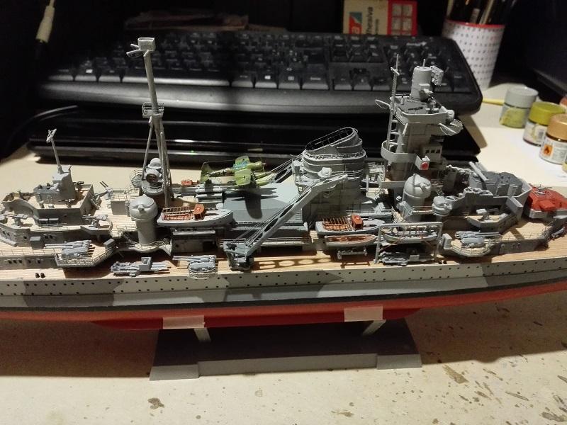 DKM Admiral Hipper Heavy Cruiser a 1/350 de Trumpeter Img_2197